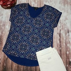 Floral V-neck high-low top